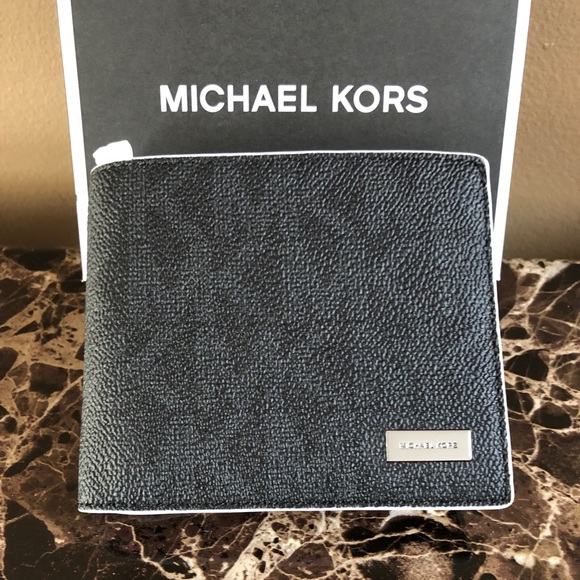1d462317df10 Michael Kors Bags | Michael K Signature Jet Set Billfold Wallet In ...
